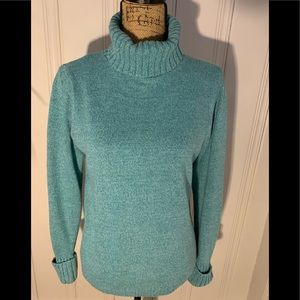 LL Bean turtleneck sweater. Very good condition.